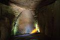 Vnitřek hrobky Tumulus Er Grah - panoramio.jpg