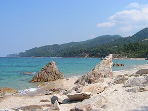 Geography of Europe - The coast of Europe is heavily indented with bays and gulfs, as here in Greece.