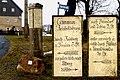 Weg-Säule in Reinberg bei Oberhäslich - restauriert.jpg