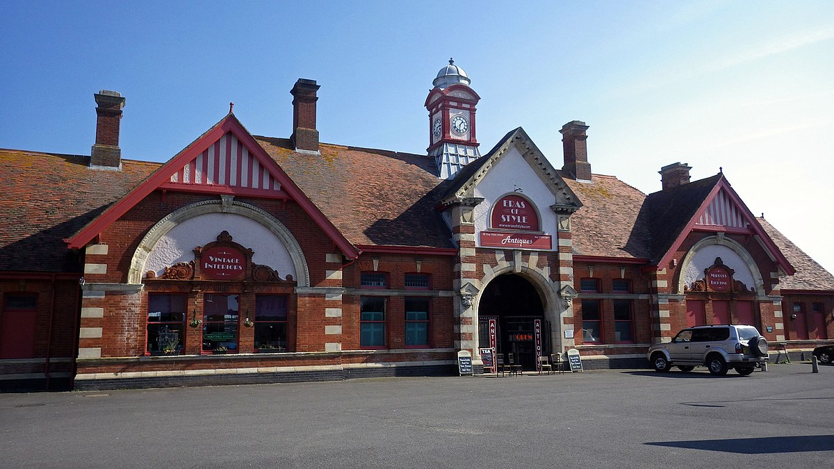 nearest train station to five ashes east sussex