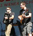 Wien 20100710 - Alles Wasser-Fest 230 Bratfisch - Tino Klissenbauer, Johannes Landsiedl.jpg