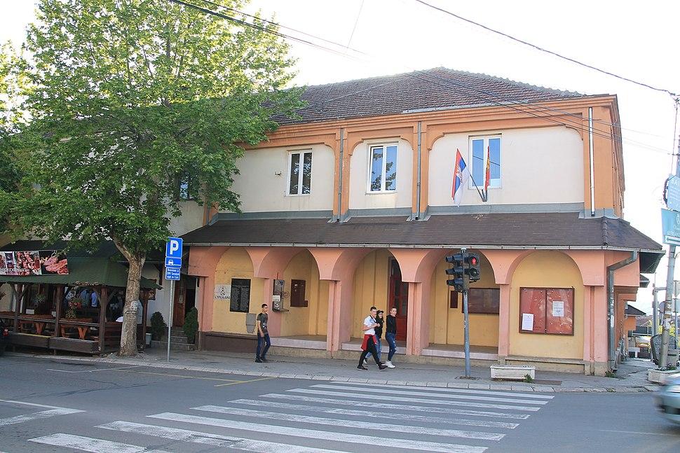 Wiki Šumadija V Buildings in Topola 367