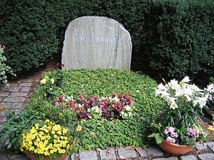 Waldfriedhof Zehlendorf - Ehrengrab of Willy Brandt