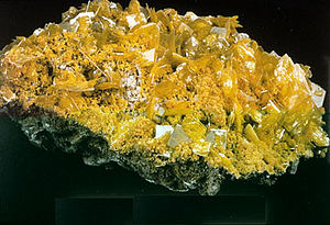 Tetragonal crystal system - An example of the tetragonal crystals, wulfenite
