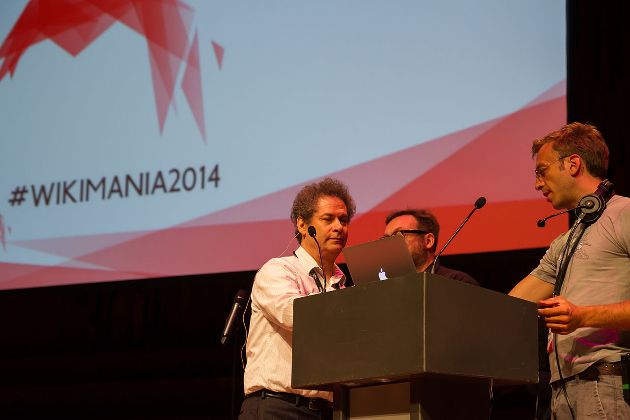 Yaneer Bar-Yam preparing for his talk on Day 2 of Wikimania 2014.jpg