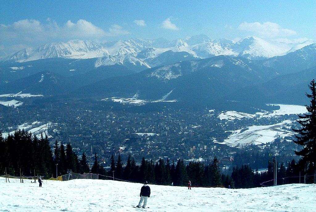 Vue sur Zakopane et sur les Tatras depuis le mont Gubalowka - Photo de Micgryga