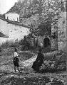 Zalongo Monastery yard Boissonnas 1913.jpg