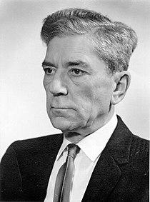Zoltán Bay (1900-1992) Hungarian physicist.jpg