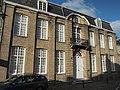Zwarte Nonnenstraat 20 Herenhuis rococostijl dubbelhuis.jpg
