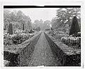 """Cliveden"" Viscount Waldorf Astor house, Taplow, Buckinghamshire, England. Long garden LCCN2008677771.jpg"
