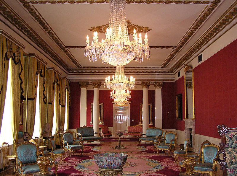 Dvorci koje verovatno nikada nećete posedovati - Page 3 800px-%28Ireland%29_Dublin_Castle_Interior_%28State_Drawing_Room%29