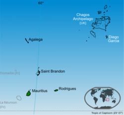 Islands of Mauritius labelled in black. Tromelin and Chagos archipelago are claimed by Mauritius.