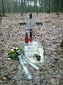 Česká Skalice - pomník Johna Lennona.jpg