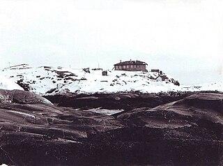 island in the Kola Bay