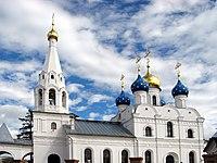 Георгиевская церковь (Дедовск).jpg