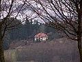 Домик где-то в лесу - panoramio.jpg