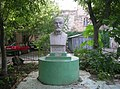 Памятник Л. Заменгофу - основателю эсперанто (в 2007г).JPG