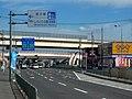 大阪外環状線(国道170号) 羽曳野IC前交差点付近 2010.9.06 - panoramio.jpg
