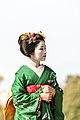 知恩院 舞妓撮影 Chion-in Maiko (11152939335).jpg