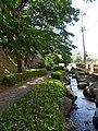 高崎城の土塁 - panoramio.jpg
