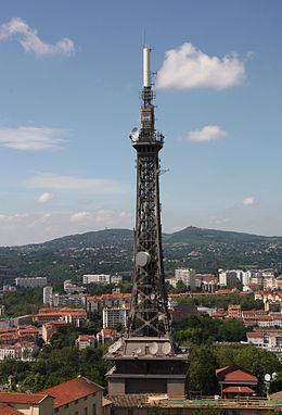 Tour m tallique de fourvi re wikimonde for Constructeur tours