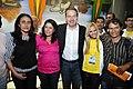 02-12-2012 Embarque da segunda turma do Ganhe o Mundo. (8047995448).jpg