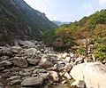 0381 - Nordkorea 2015 - Kumgang Gebirge (22936392956).jpg