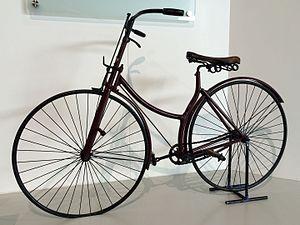 John Kemp Starley - 1886 Rover safety bicycle at the British Motor Museum