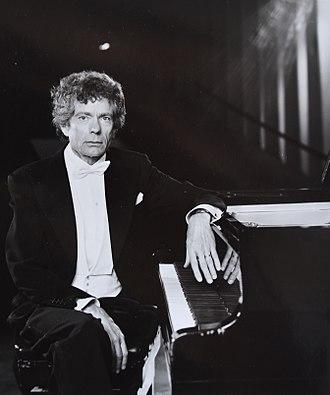 Gísli Magnússon - Pianist Gísli Magnússon