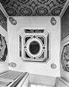 1e verdieping plafond in spiegelkabinet -
