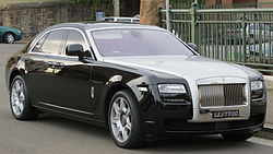 2010 Rolls-Royce Ghost (664S) sedan (2012-10-26) 01.jpg