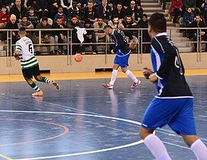 2015-02-28 16-13-46 futsal.jpg