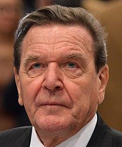 2015-12 Gerhard Schröder SPD Bundesparteitag by Olaf Kosinsky-12.jpg