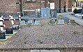 2016 Maastricht, Sint Pieter, kerkhof 03.jpg