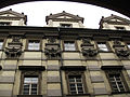 290 Klementinum, façana del Col·legi Nou, detall.jpg