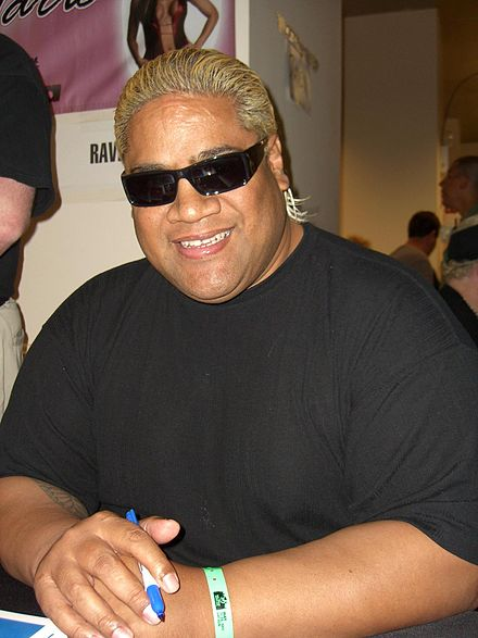Rikishi at the Big Apple Comic Con, May 22, 2011. - Rikishi (wrestler)