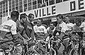 51ste Tour de France 1964 De Televizierploeg in gesprek met Jo de Roo en Ab Gel, Bestanddeelnr 916-5800.jpg