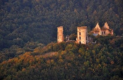 61-220-0107 Nyrkiv Castle 2 RB.jpg