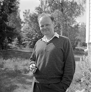 Harald Sverdrup (writer) - Harald Sverdrup in 1967