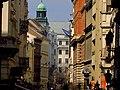 A Váci utca a Szerb utca felől a Szent Mihály templom felé nézve, 2013 Budapest (427) (13227156615).jpg