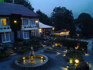 Hotel Retreat Near Me