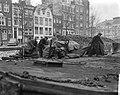 Aanvoer kolen in de Achtergracht te Amsterdam, Bestanddeelnr 914-7126.jpg