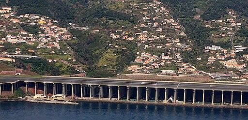 Aeroporto da Madeira runway