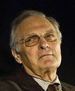 Alan Alda by Bridget Laudien crop.jpg