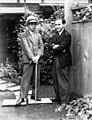 Albert Theile und Toshihiko Katayama in Japan, 1940.jpg