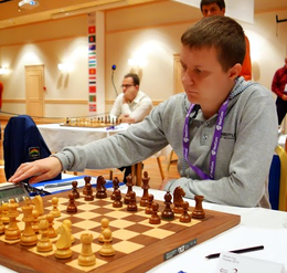 Alexander Areshchenko at the 2013 Chess World Cup.png