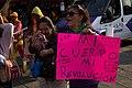 Alexandra Rodríguez de Ruíz en una manifestación.jpg