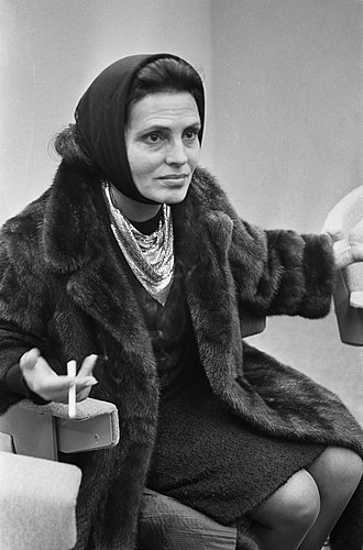 Amalia (given name) - Amália Rodrigues, a Portuguese singer and cultural icon, 1964
