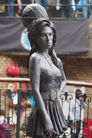 2014 in art - Bronze statue of Winehouse in Camden Town, London unveiled in September 2014