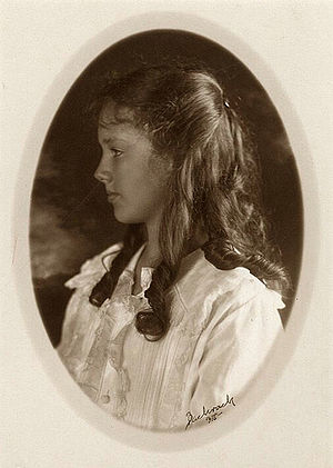 English: Portrait of Anne Morrow Lindbergh, ph...